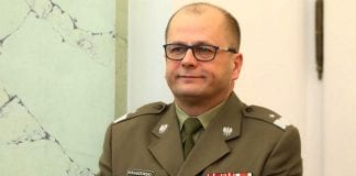 Generał Jarosław Kraszewski