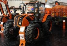 Ciągnik Ursus C-3110 HL, pomarańczowy